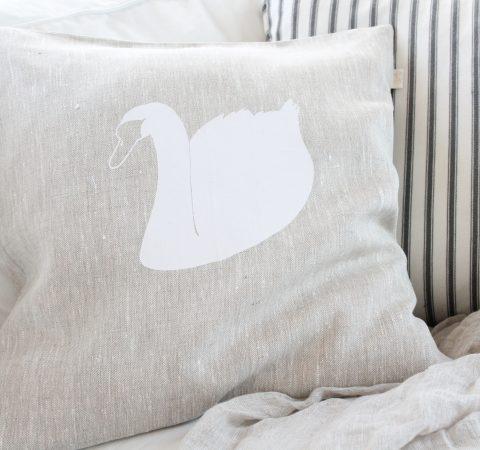 Tyynynpääl 50x50 pellava joutsen
