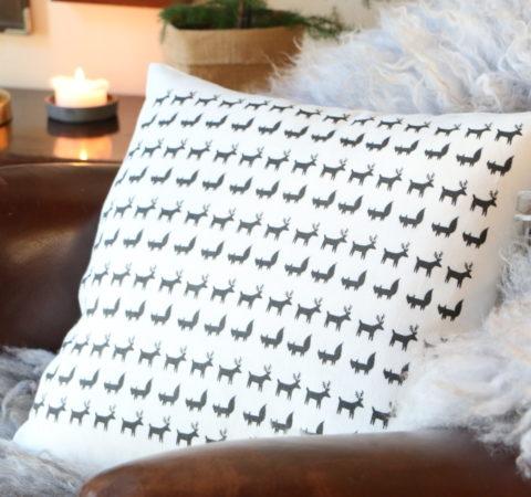 Porokulkue tyyny valkoinen